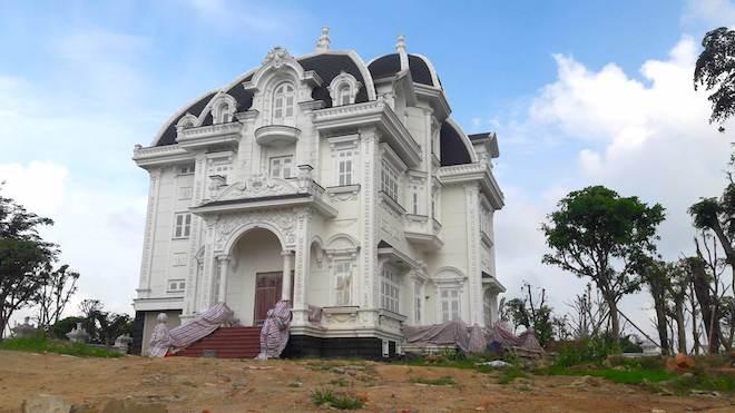 Xôn xao ngôi biệt thự rộng gần 2000m2 của cụ bà tuổi 78 ở Hà Tĩnh - Ảnh 15.
