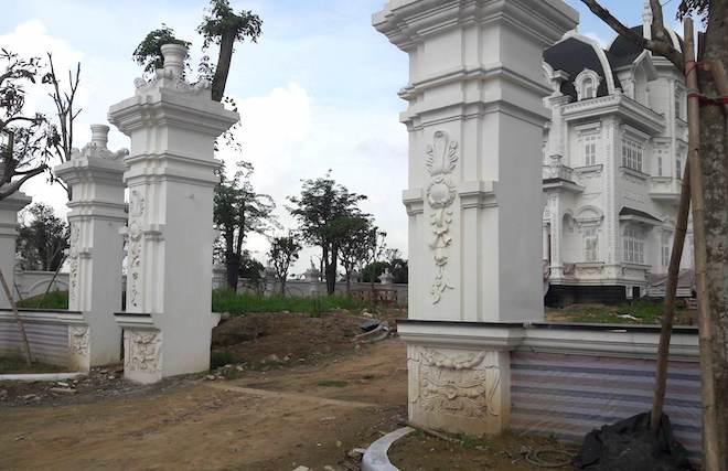 Xôn xao ngôi biệt thự rộng gần 2000m2 của cụ bà tuổi 78 ở Hà Tĩnh - Ảnh 12.