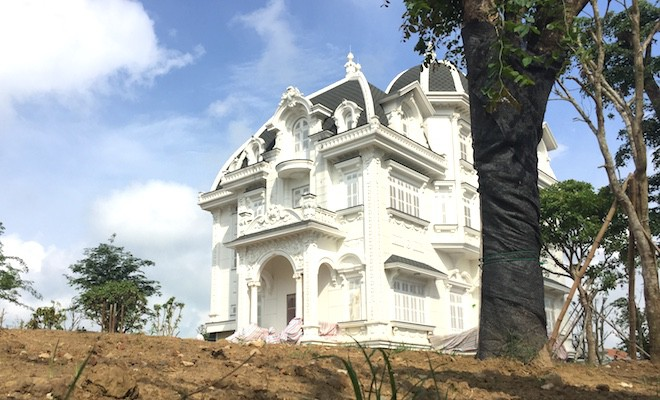 Xôn xao ngôi biệt thự rộng gần 2000m2 của cụ bà tuổi 78 ở Hà Tĩnh - Ảnh 4.