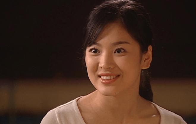 Những quý cô U40 trẻ mãi không già khiến hàng vạn thiếu nữ phải ghen tị của làng giải trí Hàn - Ảnh 2.
