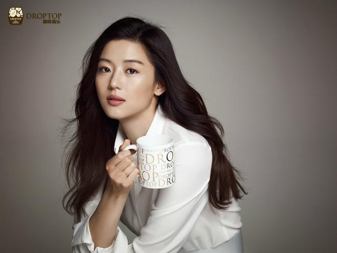 Những quý cô U40 trẻ mãi không già khiến hàng vạn thiếu nữ phải ghen tị của làng giải trí Hàn - Ảnh 13.