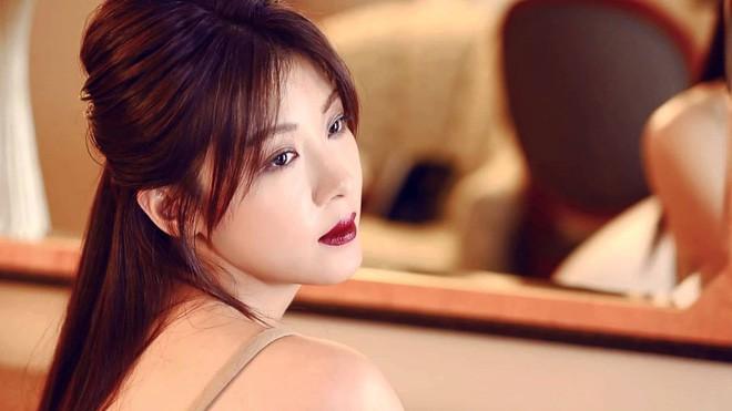 Những quý cô U40 trẻ mãi không già khiến hàng vạn thiếu nữ phải ghen tị của làng giải trí Hàn - Ảnh 8.
