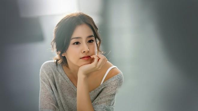Những quý cô U40 trẻ mãi không già khiến hàng vạn thiếu nữ phải ghen tị của làng giải trí Hàn - Ảnh 10.