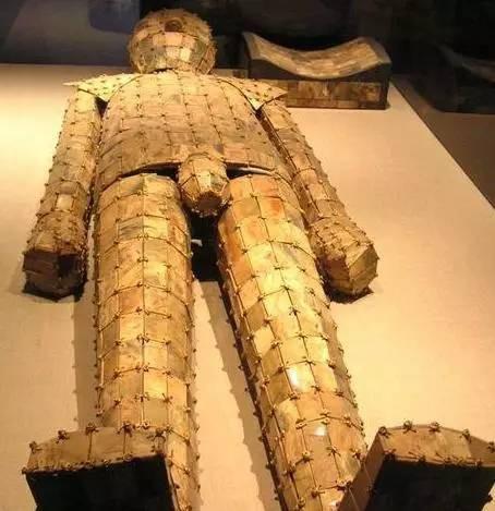 Sự thật về cổ vật quý nhất trong các lăng mộ TQ: Có cho tiền, mộ tặc cũng không dám đụng! - Ảnh 2.