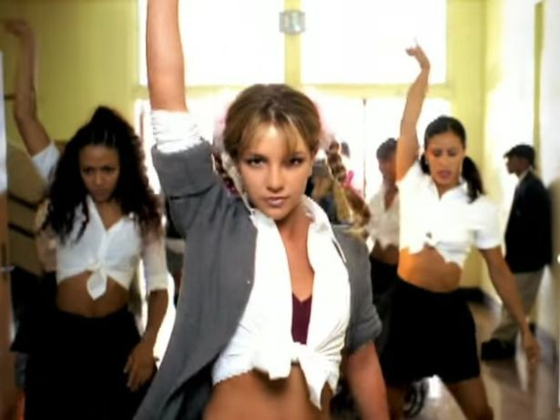 Britney Spears: Cú khủng hoảng tồi tệ nhất lịch sử showbiz và một cuộc đời khác ở tuổi 35 - Ảnh 1.