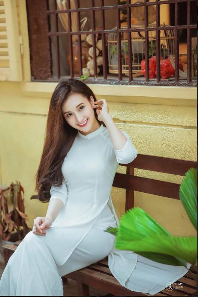Nữ phụ xinh đẹp đóng vai người thứ 3 chiếm spotlight trong MV mới của Minh Hằng - Ảnh 10.