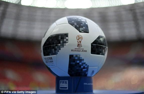 Khai mạc World Cup 2018: Iker Casillas khoe cúp vàng với toàn thế giới - Ảnh 7.