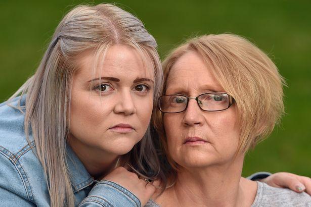 Nghi mẹ bị đối xử không tốt ở nhà dưỡng lão, con gái lắp camera và bàng hoàng khi xem video - ảnh 2