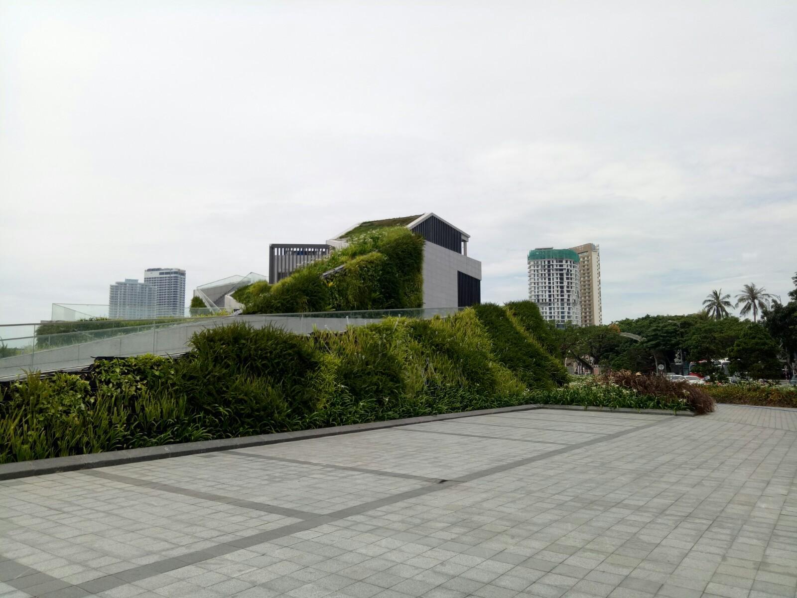 Cận cảnh bến du thuyền của Vũ nhôm bỏ hoang bên sông Hàn - Ảnh 4.