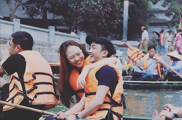 Cuộc sống sang chảnh của Đàm Thu Trang khi yêu Cường đô la 9