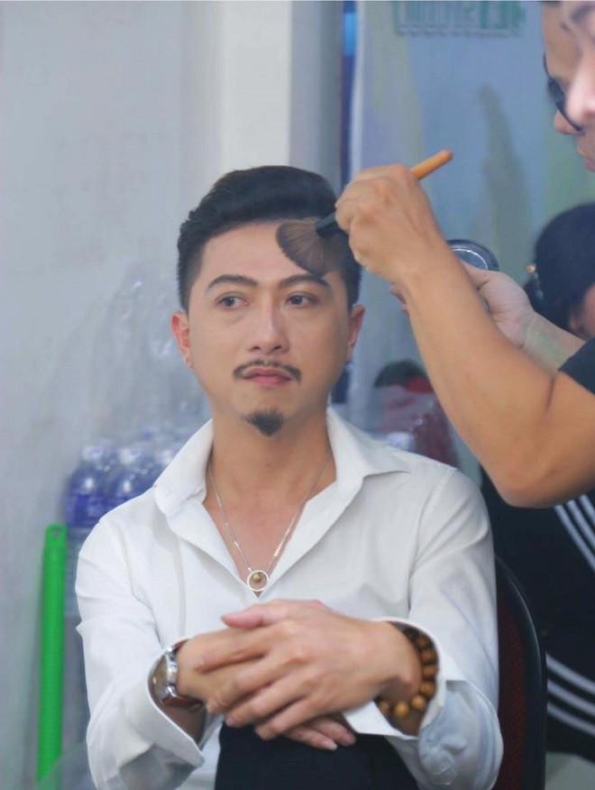 Chuyện ám ảnh về nghệ sĩ Hữu Lộc trước lúc qua đời - Ảnh 1.