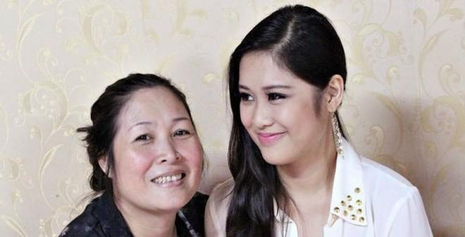 Chân dung con gái cao gần 1m8, có gương mặt xinh như hoa hậu của NSND Hồng Vân - ảnh 9