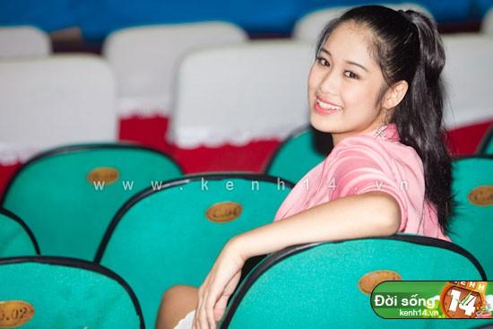 Chân dung con gái cao gần 1m8, có gương mặt xinh như hoa hậu của NSND Hồng Vân - ảnh 5