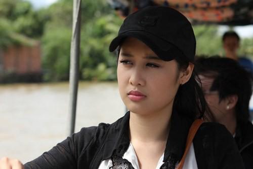 Chân dung con gái cao gần 1m8, có gương mặt xinh như hoa hậu của NSND Hồng Vân - ảnh 10