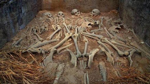 Ngôi mộ nguy hiểm nhất thiên hạ ở TQ, gần trăm tên trộm mò vào nhưng không tìm được lối ra - Ảnh 4.