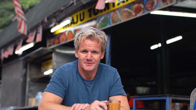 Hủ tiếu Việt Nam lên cả sóng truyền hình Mỹ và được đầu bếp lừng danh Gordon Ramsay khen ngon hết lời - Ảnh 1.