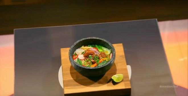 Hủ tiếu Việt Nam lên cả sóng truyền hình Mỹ và được đầu bếp lừng danh Gordon Ramsay khen ngon hết lời - Ảnh 11.