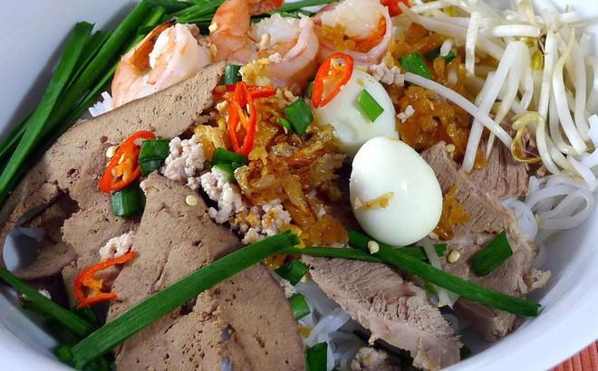 Hủ tiếu Việt Nam lên cả sóng truyền hình Mỹ và được đầu bếp lừng danh Gordon Ramsay khen ngon hết lời - Ảnh 15.