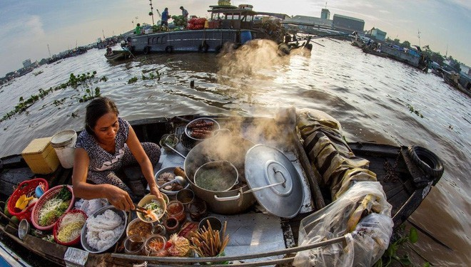 Hủ tiếu Việt Nam lên cả sóng truyền hình Mỹ và được đầu bếp lừng danh Gordon Ramsay khen ngon hết lời - Ảnh 7.