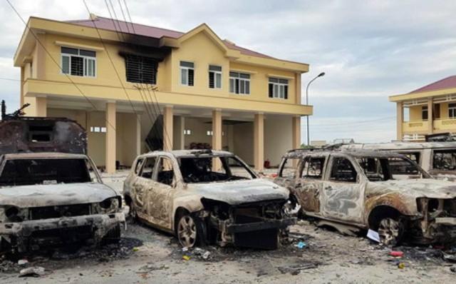Khởi tố 8 nghi can gây rối, đập phá tài sản tại huyện Tuy Phong 1