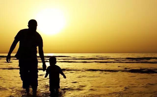 Không phải con trẻ, đối tượng cần giáo dục nhất hiện nay là người lớn, đặc biệt là bố! - Ảnh 3.