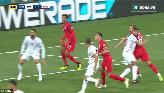 """Đội tuyển Anh mất oan 2 quả phạt đền khi công nghệ VAR cũng """"bó tay""""? 2"""