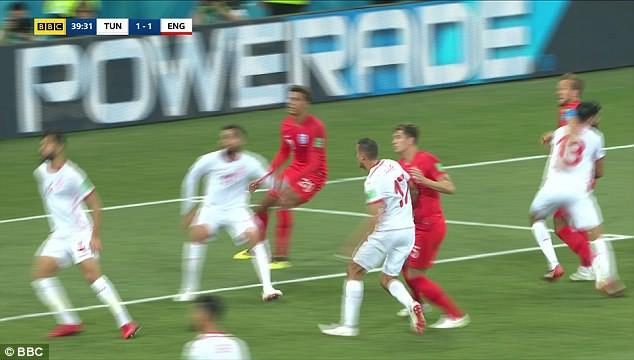 """Đội tuyển Anh mất oan 2 quả phạt đền khi công nghệ VAR cũng """"bó tay""""? 3"""