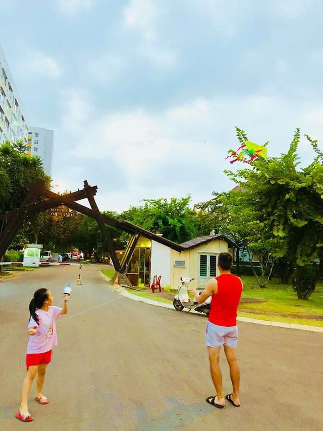 Biệt thự triệu đô ven sông với vườn rau xanh ngắt rộng đến 100m² của cặp vợ chồng hot nhất showbiz Việt: Thủy Tiên – Công Vinh - Ảnh 36.