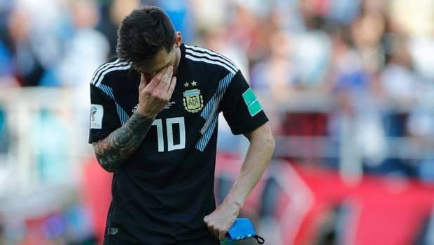 """""""Messi đau khổ và khóc nhiều vì giấc mơ vô địch Word Cup"""" 2"""