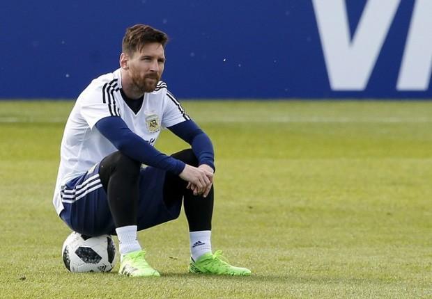 """""""Messi đau khổ và khóc nhiều vì giấc mơ vô địch Word Cup"""" 3"""