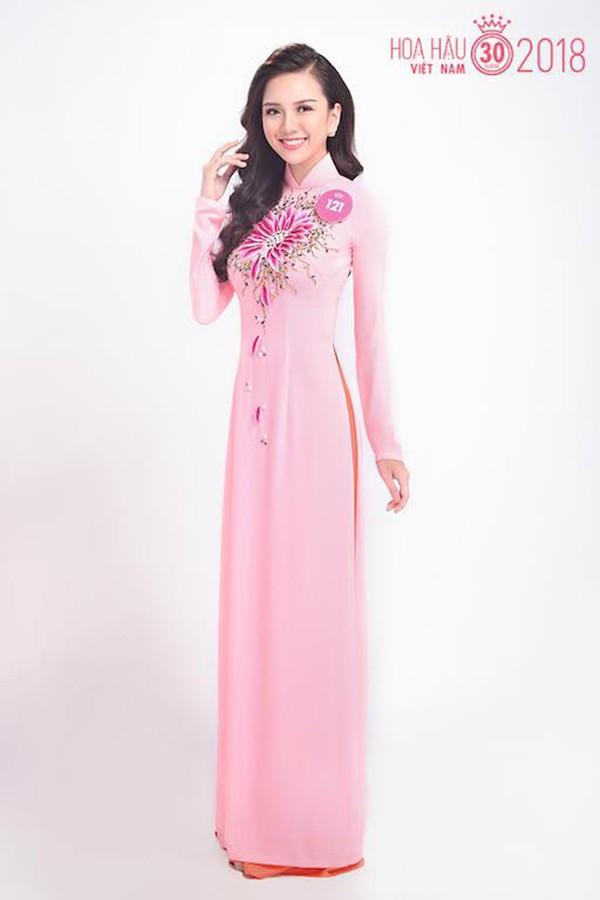 """Cô em gái gợi cảm, là ứng viên Hoa hậu Việt Nam của """"Nữ hoàng sắc đẹp"""" Vũ Hoàng Điệp - Ảnh 7."""