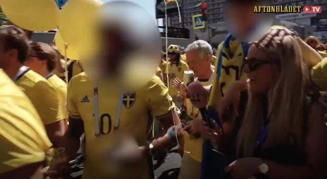 Thêm một nữ phóng viên bị cưỡng hôn khi đưa tin trực tiếp World Cup 2018 2