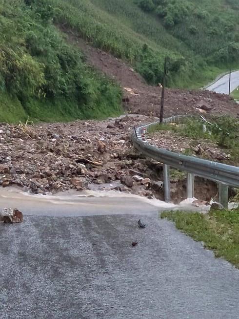 Mưa lũ trút xuống Lai Châu: Đến chiều nay, đã có 2 người chết - Ảnh 1.