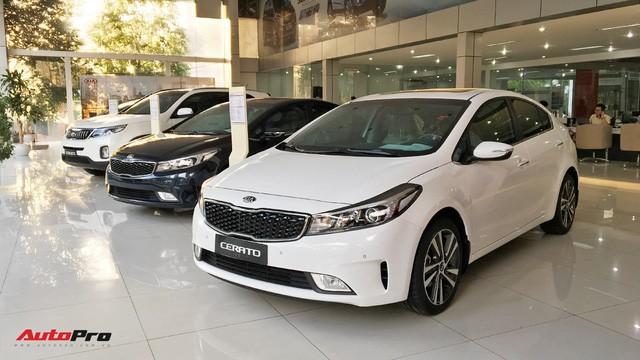 Vỡ mộng xe nhập giá rẻ, người Việt bỏ hàng nghìn tỷ đồng mua ô tô nội - Ảnh 3.