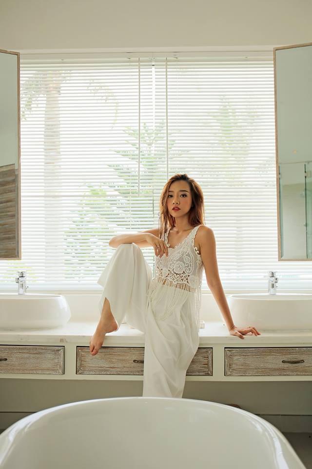 Chân dung cô gái đóng cảnh nóng trong bồn tắm lúc 3h sáng của Gạo nếp gạo tẻ - Ảnh 13.