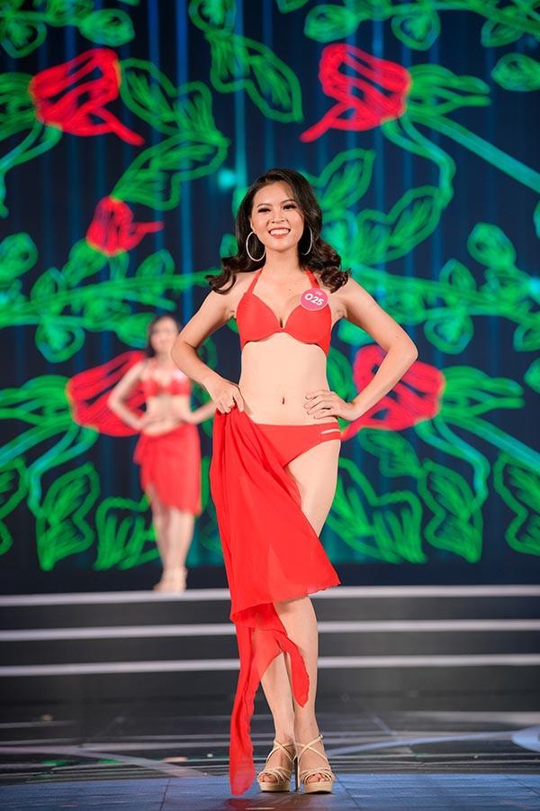 NÓNG: Phát hiện lỗi sai khó tin về 5 người đẹp thi bikini Chung khảo phía Nam Hoa hậu Việt Nam - Ảnh 13.