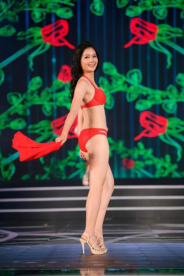 NÓNG: Phát hiện lỗi sai khó tin về 5 người đẹp thi bikini Chung khảo phía Nam Hoa hậu Việt Nam - Ảnh 11.