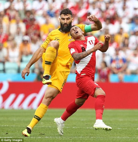 Sau cú volley thần sầu kết liễu Australia, Peru rời World Cup trong vô vàn tiếc nuối - Ảnh 2.