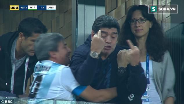 Nóng: Maradona nhập viện khẩn cấp ngay sau chiến thắng kịch tính của Argentina - Ảnh 2.
