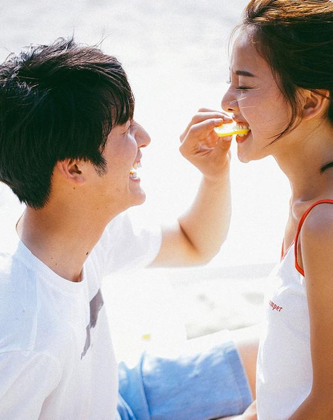 Bộ ảnh cưới đẹp mê đang khuấy đảo MXH: Thần thái quá đỗi tự nhiên, tình và mãn nguyện  - Ảnh 12.