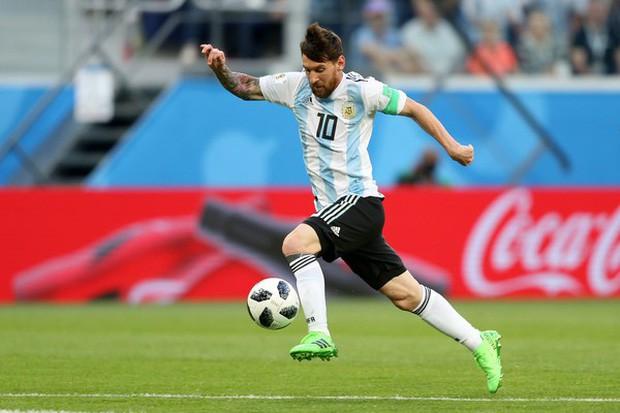Giải mã bàn thắng thiên tài của Messi: 3 chạm hoàn hảo ở tốc độ 34 km/h 3