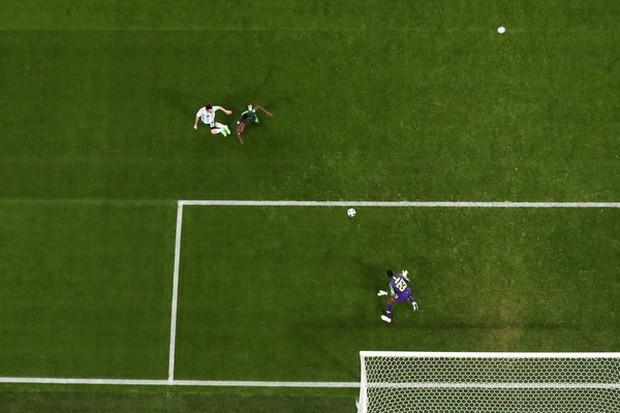 Giải mã bàn thắng thiên tài của Messi: 3 chạm hoàn hảo ở tốc độ 34 km/h 5