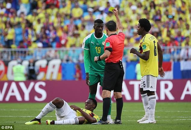 FIFA nhận 'gạch đá' vì giữ Nhật, loại Senegal bằng luật fair-play 2