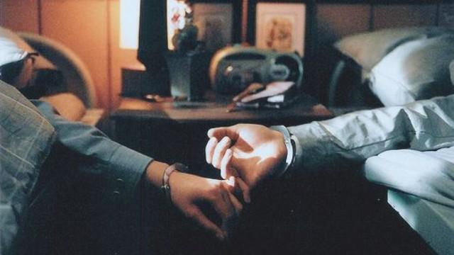 Tại sao càng yêu nhau lâu cảm xúc ngày càng nguội lạnh? Thật ra tình cảm vẫn còn, chỉ là bị bỏ quên trong ngăn đá mà thôi - Ảnh 2.