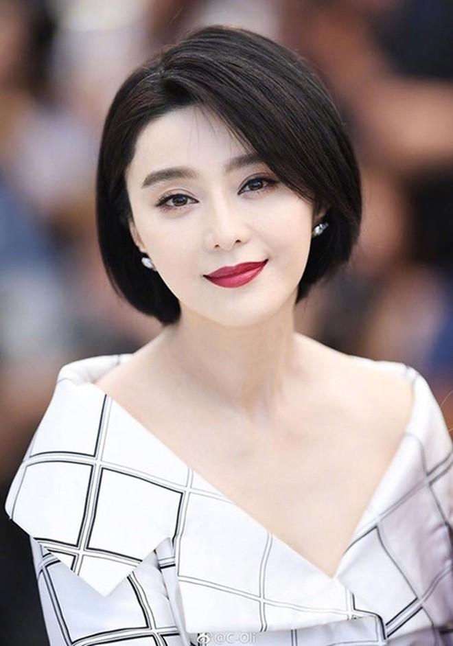 Nhìn lại nhan sắc thuở mới vào nghề mỹ nhân Hoa - Hàn: Người lung linh, kẻ bị chê sến súa, khác lạ không thể nhận ra  - Ảnh 29.