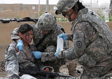 [ẢNH] Nỗi sợ hãi của một số nữ binh sĩ Mỹ không phải là kẻ thù mà là chính nam đồng nghiệp - Ảnh 39.
