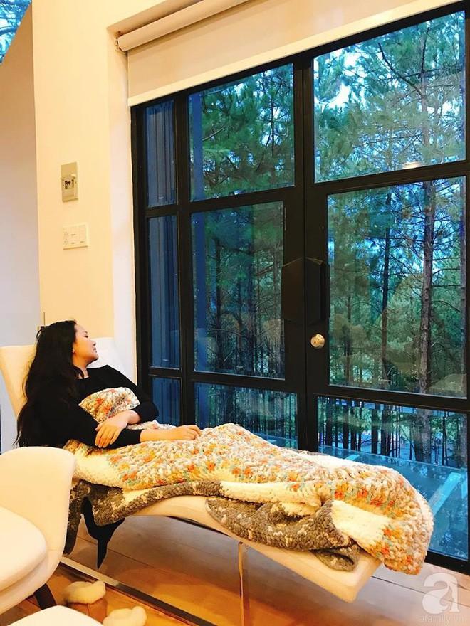 Biệt thự đẹp lãng mạn trên đồi thông ở Đà Lạt trị giá 25 tỷ đồng của siêu mẫu Phan Như Thảo và chồng đại gia  - Ảnh 13.