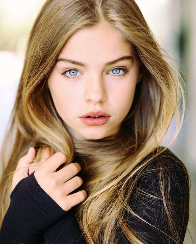 5 bé gái từng được mệnh danh là xinh đẹp nhất thế giới bây giờ ra sao? - Ảnh 23.