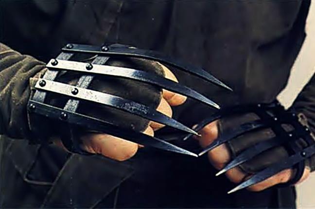 Những vũ khí kỳ dị nhất lịch sử: Cắt cổ hay chặt đứt tay kẻ địch chỉ trong chớp mắt - Ảnh 4.