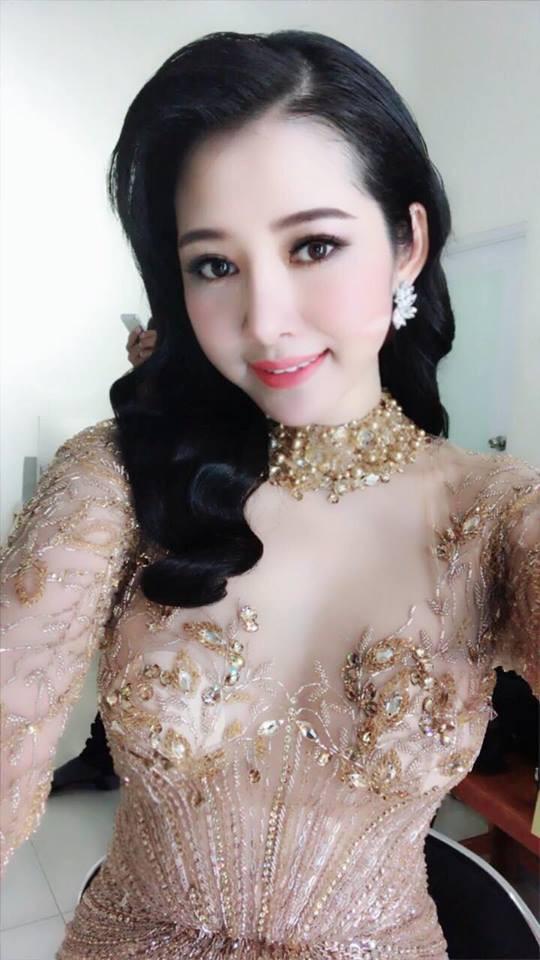 Sau khi chi 200 triệu nâng ngực, nâng mũi, sửa mặt, nhan sắc chị gái Sài Gòn tuổi 33 khiến các em 20 phải chạy dài - Ảnh 9.